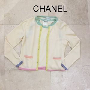 CHANEL cashmere twin set. Perfect condition size42